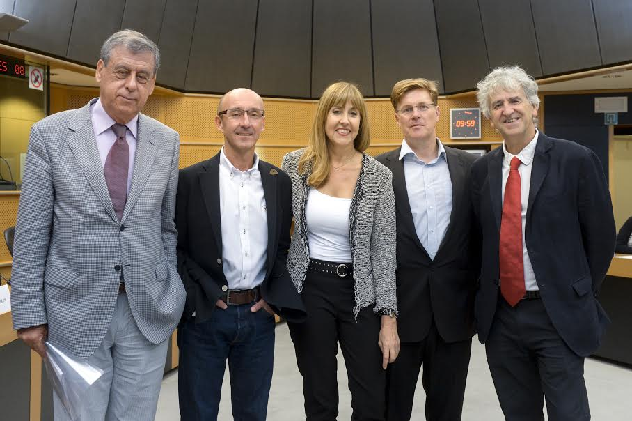 Conference 'Do europeans exist ?'